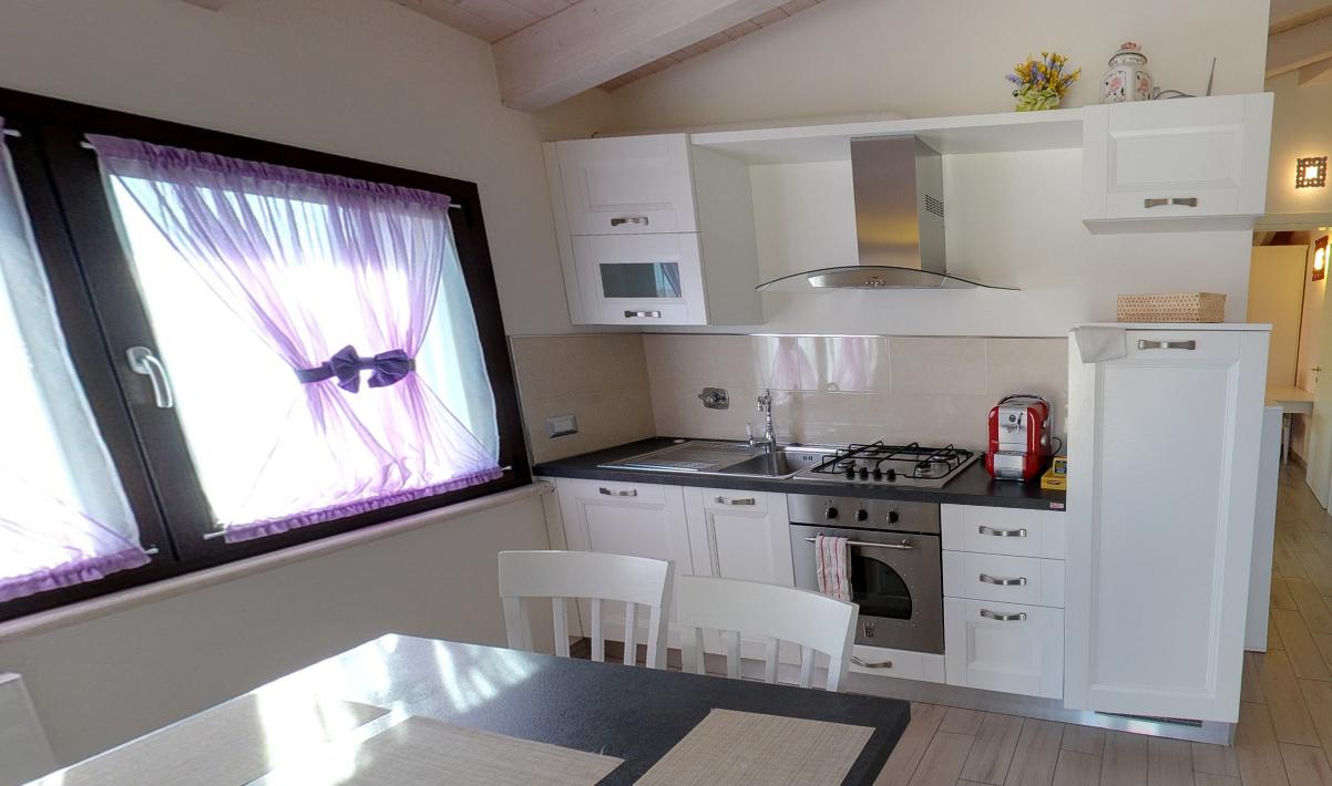 appartamenti a castiglione della pescaia - cucina montecristo